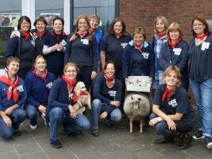 """Bij het WUT 2010 maken de Veterinnen de spottende """"boeren uit Berkel"""" kwalificatie tot Geuzen thema voor het toernooi"""