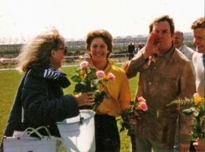 Samen met Ada bij de opening van het eerste kunstgrasveld (1988)