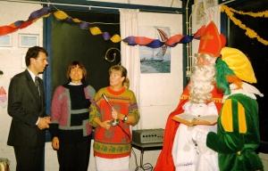 1989 - Sinterklaasfeest in oude (2e) clubhuis met Ada en Erik
