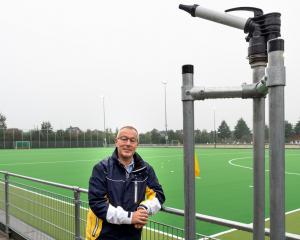 Bestuurslid Accommodatie René Reusen bij 'zijn' nieuwe veld