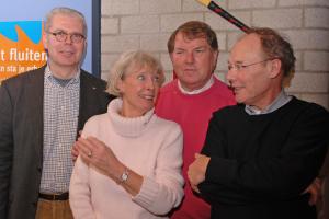 Andere 4 op een rij: Erik Bakx, Ada Kolff, Hens Kolff, Peter Beckers onze eerste 4 ere-leden(jan. 2007)