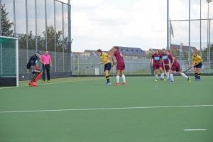 scoort Martin de 1-0 voor H1 tegen Rijswijk
