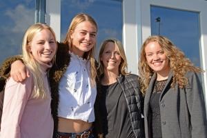 Nieuwe aanwinsten Dames 1. vlnr: Sascha, Isabel, Franka, Laura