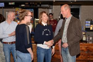 2016: Jeugd vrijwilligers: Eline en Sophie Verbeet