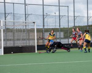 MA1 wint met 7-1 van Etten-Leur